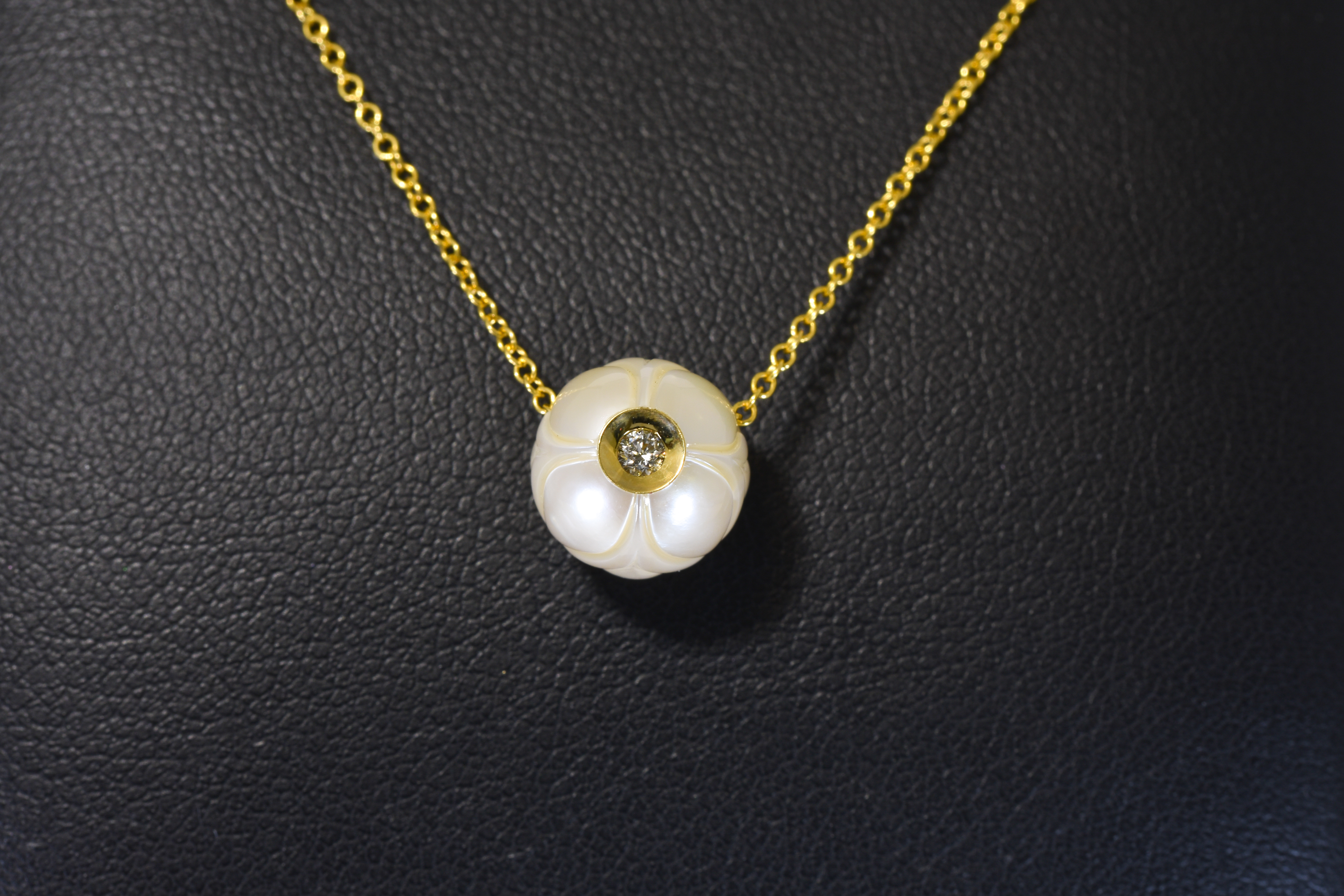 Lady's Yellow Gold Galatea Peach Tulip Pendant With One Round Cream Pearl And One Diamond