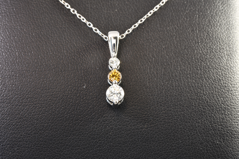 14 kt White Gold 3 Round Diamond Drop Pendant White & Chocolate Diamonds