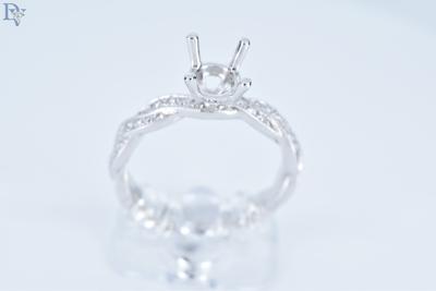 S. Kashi-14 kt. White Gold Diamond Semi Mount Engagement Ring.  .22 carat total diamond weight.  Sku#140-00670